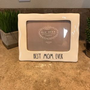 Accessories - Rae Dunn• Best Mom Ever• Frame